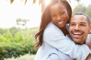satisfaction of the smiling couple is the goal of Monmouth Beach movers