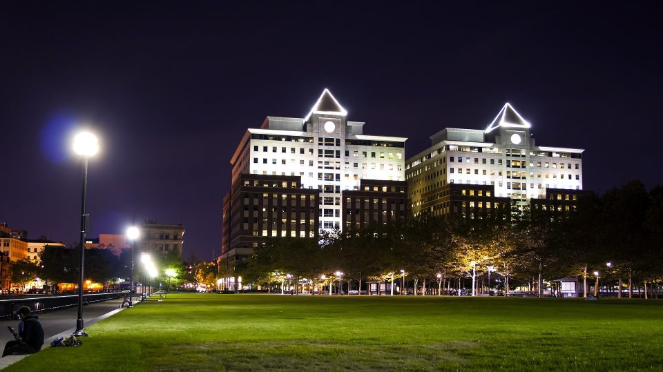 Hoboken real estate guide will help you to find a wonderful place for you and your family.