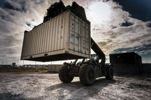 Moving container rental