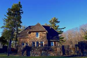 Stone house in NJ- movers Clayton can help you move to New Jersey