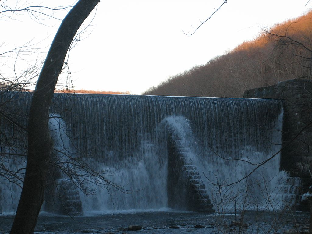 Lake Solitude Falls are the perfect thing to see after High Bridge movers get you here!