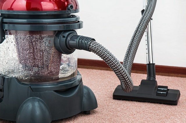 pre-move cleaning with a vacuum