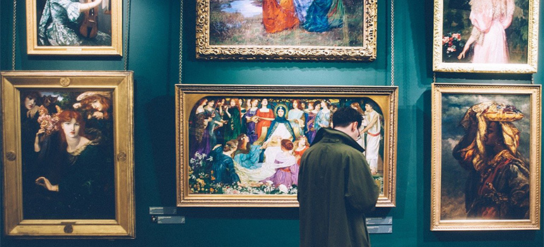 A man in a gallery