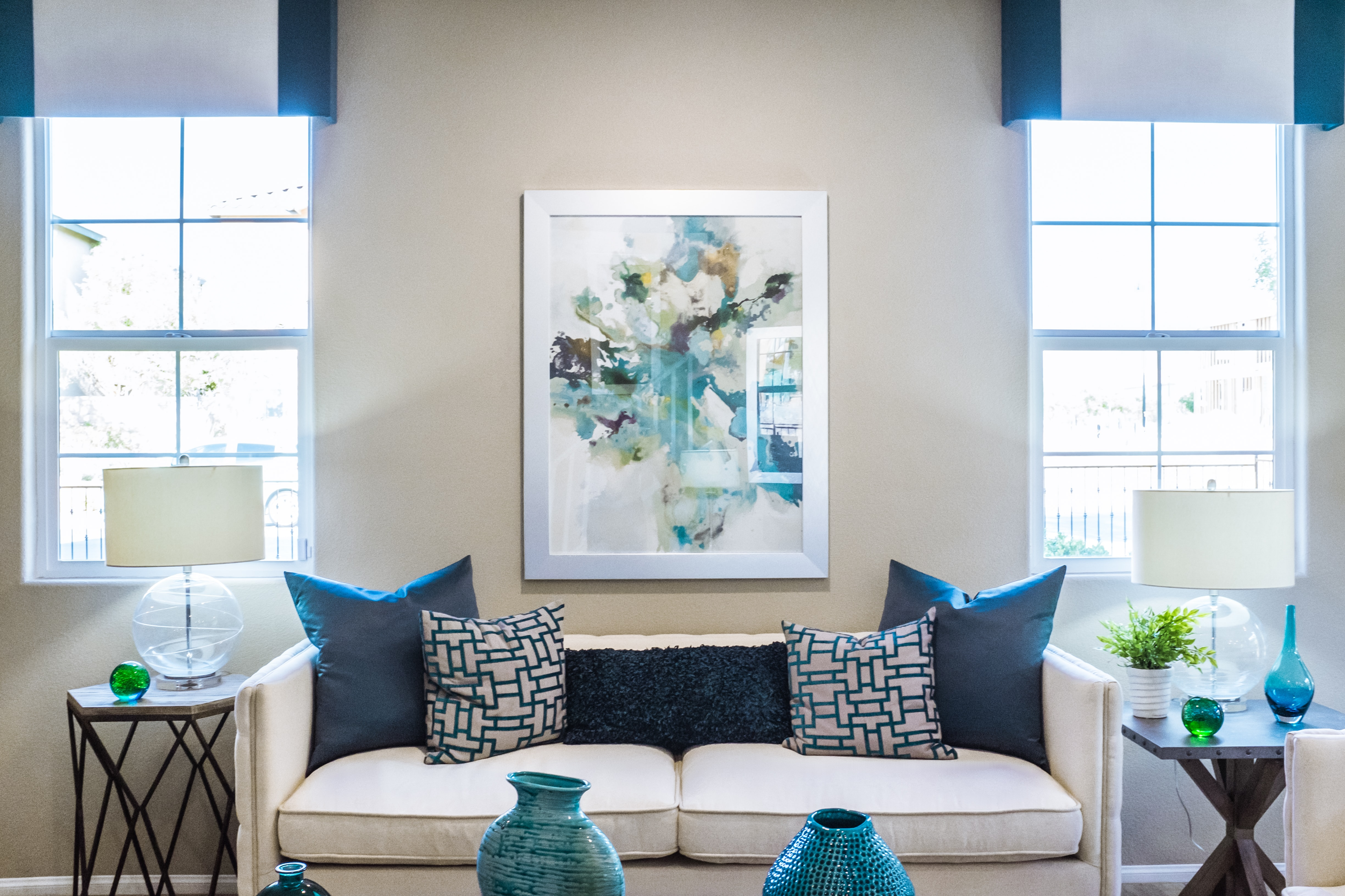 Moving into a smaller space in Newark will get you creative with the decor.
