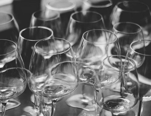 How to pack your glassware for relocation to Newark, NJ